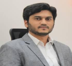 Author Asim Rais Siddiqui