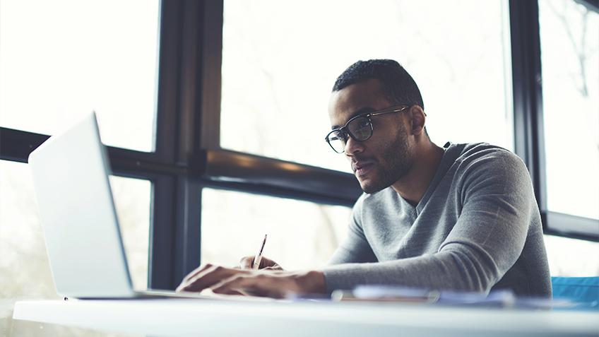 Why is Online Learning Effective