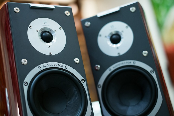 How Do You Install An Outdoor Stereo System